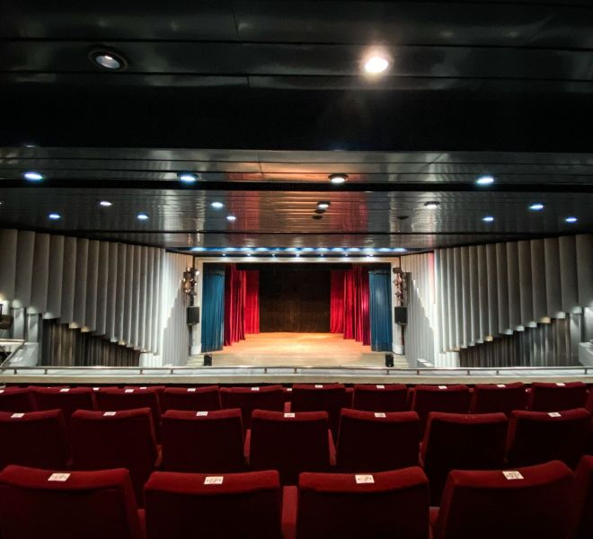 Kino Teatur Osvobojdenie 12